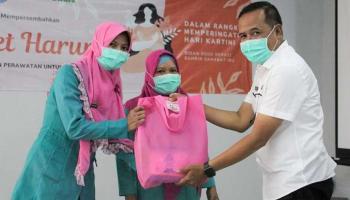 Peringati Hari Kartini, RSUD Depati Bahrin Beri Penghargaan kepada Bidan Kreatif dan Inovatif