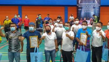 Peringati Hari Kesehatan Nasional, Bupati Mulkan Buka Turnamen Bulutangkis
