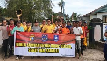 Peringati Hari Peduli Sampah Nasional, Polsek Sungai Selan Bersih-Bersih Lingkungan
