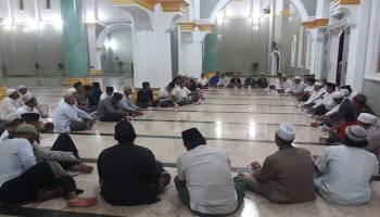 Perkuat Silaturahmi, Bupati Ajak Warga Makmurkan Masjid dan Ngobrol Santai