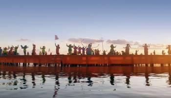 Pertunjukan spektakuler di Tepi Laut Belitung