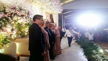 Pestanya di Palembang, Ribuan Warga Pangkalpinang Tersenyum Melihat Walikota Menikah