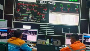 Petugas PLN Terus Berjuang Pulihkan Gangguan Sistem di Bangka