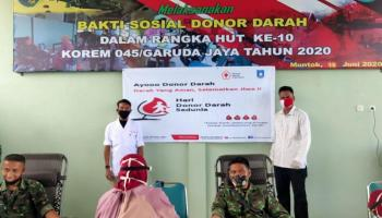 PMI Babar Kumpulkan 16 Kantong Darah di HUT Korem dan Hari Donor Darah Sedunia