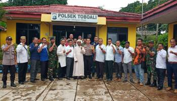 Polsek Toboali Gelar Halalbihalal Bersama TNI dan Masyarakat