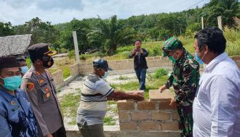PT Timah Bantu Lanjutkan Pembangunan Musola Al-Ikhlas Desa Belo Laut