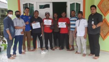 PT Timah Bersama HNSI Bangka Salurkan Bantuan untuk Nelayan Sungailiat