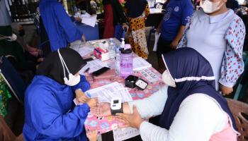 PT Timah Gencar Vaksinasi Masyarakat, Giliran Warga Desa Kulur Ikuti Vaksinasi Gotong Royong