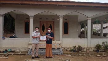 PT Timah Serahkan Bantuan Renovasi Hingga AC untuk Masjid