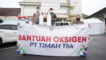 PT Timah Tbk Serahkan 6 Ton Oksigen ke 8 Rumah Sakit di Pulau Bangka