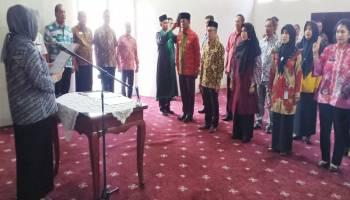 Radmida Dawam Lantik 13 Pejabat Pemkot Pangkalpinang