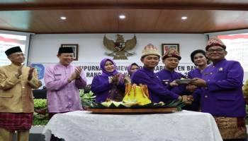 Rapat Paripurna HUT ke 253 Kota Sungailiat, Bupati Ucapkan Terima Kasih kepada Pemberi Kontribusi Pembangunan Daerah