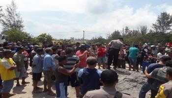 Ratusan Nelayan Serbu Lokasi Tambang Ilegal di Sungai Mapur