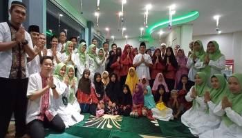 Raut Ceria Wajah Anak Panti Asuhan Aisyiyah Buka Bersama Hotel Yasmin