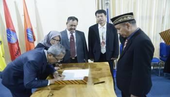 Rektor Muh Yusuf Lantik Sucipto Jadi Warek 3 UBB, Target UBB Bersaing dengan UI