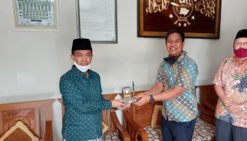Rektor UBB Silaturahmi ke Ketua PWNU Babel