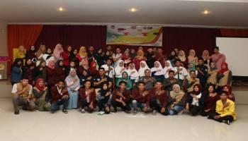 Relasi dan BEM STISIPOL Pahlawan 12 Sungailiat Sosialisasikan Pemilu Lewat Lomba Cerdas Pemilu