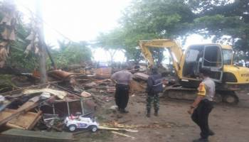 Ribuan Jemaat Gereja Pangkalpinang Doakan Korban Tsunami Selat Sunda