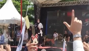 Ribuan Pendukung Prabowo-Sandi Babel Padati Lapangan Bola Pasir Putih Pangkalpinang