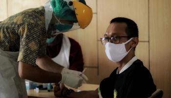 RSUP Soekarno Gelar Rapid Tes di Kecamatan Merawang yang Masuk Zona Merah