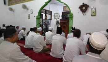 Safari Ramadhan di Belinyu, Bupati Bangka Santuni 44 Yatim dan Dhuafa