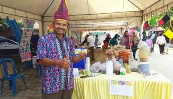 Sarbini Kenalkan Produk Buah Pinang Kaya Manfaat