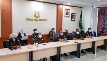 Pejabat Kejari Pangkalpinang Mengikuti Pelantikan Satgas 53 Oleh Jaksa Agung