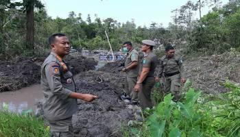 Satpol PP Bangka Kembali Tertibkan TI di Kolong Bijur