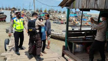 Satu Orang Positif Covid-19 Setelah Penumpang dan ABK di Pelabuhan Tikus Sukadamai Swab