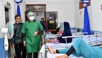 Sebanyak 137 Warga Dapat Layanan Periksa Mata dan Operasi Katarak Gratis