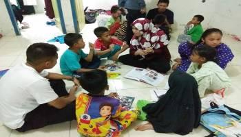 Selenggarakan Bimbel Gratis, Orangtua anak : Kegiatan positif untuk anak anak