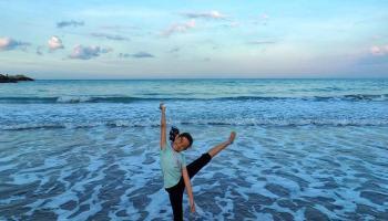 Senja Biru di Tanjung Asmara, Titik Romantisme Kawasan Pantai Timur Sungailiat