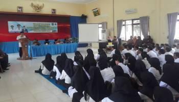 Serahkan SK CPNS, Ibnu Saleh Ucapkan Selamat Mengabdi di Bangka Tengah