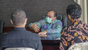 Sesali Unjuk Rasa Ricuh, Enam Mahasiswa Minta Maaf Kepada Gubernur Erzaldi