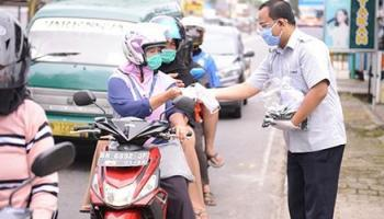 Tekan Penyebaran Covid-19, PT Timah Bagikan Ribuan Lembar Masker ke Masyarakat