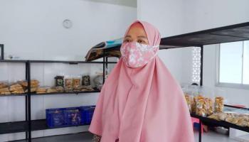 Tekuni Bisnis Ampiang Ikan, Mitra Binaan PT Timah Raih Omset Belasan Juta