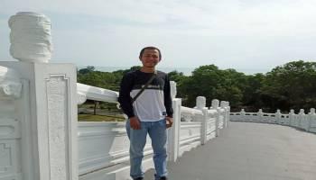 Tempuh Perjalanan Tiga Hari, Asep Kagum dengan Keindahan Pantai di Bangka
