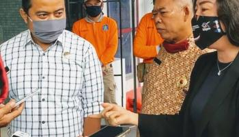 Terima Kunjungan DPRD Bangka Tengah, Mendra Kurniawan : Kita Akan Koordinasi Dengan Gubernur Mengenai Kondisi Jembatan Emas