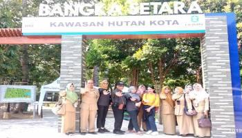 Tim Penilai RBRA Kunjungi Taman Hutan Kota Wisata