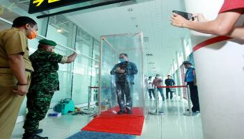 Tingkatkan Antisipasi Covid-19, Bandara Depati Amir Mulai Operasikan Body Cleanser