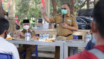 Tingkatkan Potensi Sumber Daya Pesisir, Gubernur Resmikan Kawasan Mina Wisata Desa Kebintik