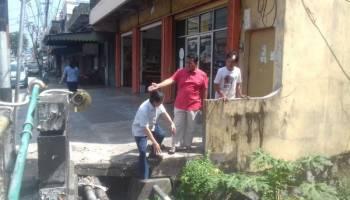 Tinjau Titik Penyebab Banjir, DPRD Babel Desak Dinas PU Segera Lakukan Pengerukan Saluran
