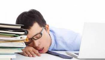 Tips Kesehatan: Kantuk Ditahan Saat Puasa Ramadhan Malah Bikin Sakit Kepala, Ini Penyebab dan Tips Mengatasinya