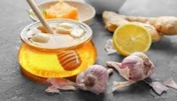 Tips Kesehatan: Madu dan Bawang Putih, Obat Alami Sakit Flu