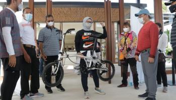 Tour de Babel: Tanda Lahirnya Sepeda Lipat 'Billiton' Karya Anak Negeri