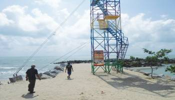 Uji  Adrenalin di Flying Fox Pantai Tongachi