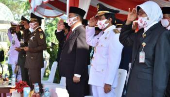 Upacara Penurunan Bendera Lengkapi Rangkaian Peringatan HUT RI ke-75