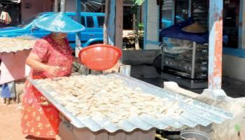 Usaha Kerupuk Ikan Desa Di Desa Baru Butuh Bantuan