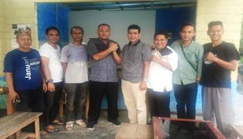 "Usai Dilantik, Ketua DPRD Babar Temui Wartawan ""Ngomong"" Pembangunan Daerah di Warung Kopi"