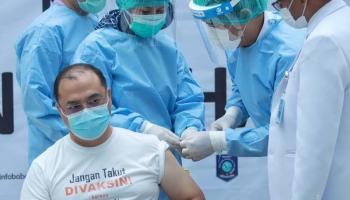 Vaksinasi Covid-19 Perdana, Gubernur Erzaldi: Tak Ada Efek Apapun